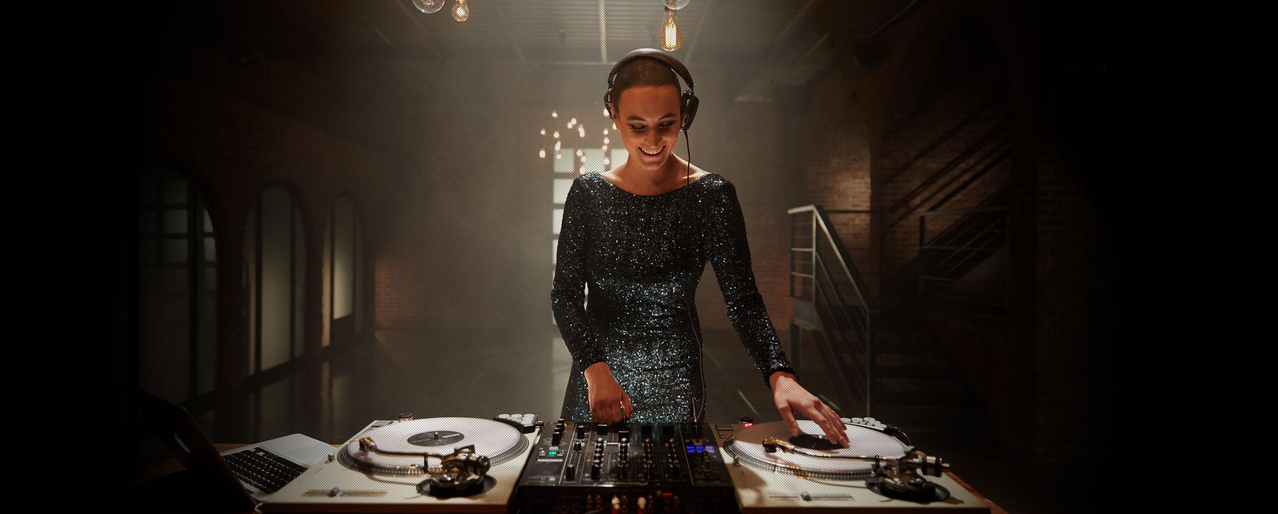 ÉLAN DJS